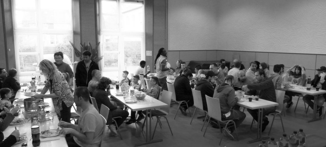 """""""Gemeinsam kochen, gemeinsam essen"""" Kochaktion des Freundeskreises Asyl Welzheim"""