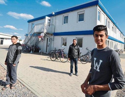 Zwei Flüchtlinge aus Syrien reden über den Weg nach Deutschland, ihre Träume und den Wunsch, endlich anzukommen
